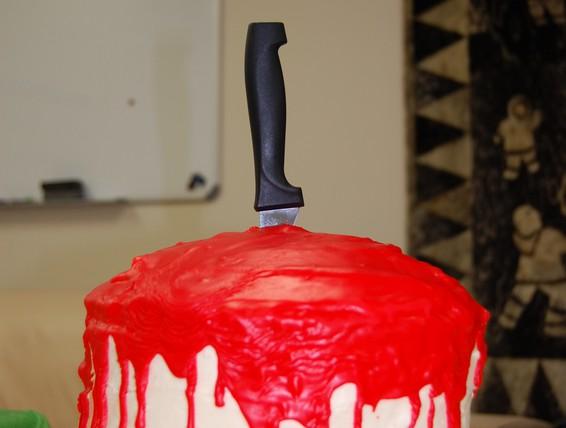 Recipe Bloody Halloween Cake Duncan Hines Canada 174