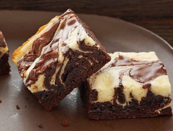 Recipe: Marbled Brownies | Duncan Hines Canada®