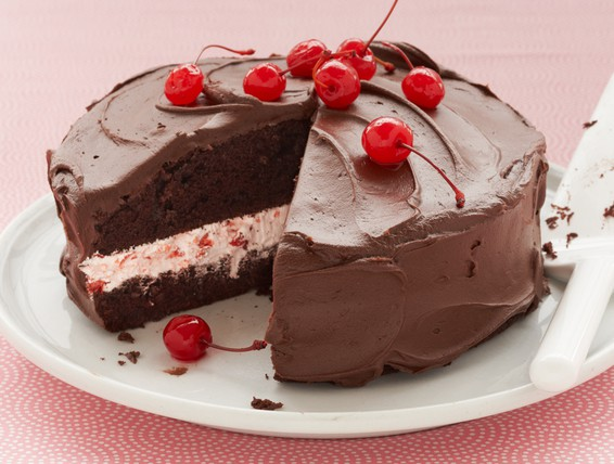 Devil S Food Cake With Chocolate Fudge Frosting Recipe: Recipe: Cherry Jubilee Cake