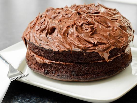 Cake Icing Recipe Peanut Butter: Recipe: Chocolate Peanut Butter Frosted Cake