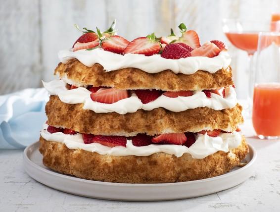 Recipe Angel Food Cake Amp Strawberries Duncan Hines Canada 174